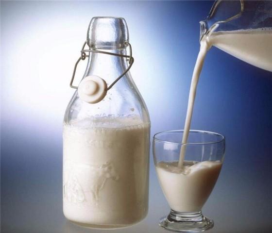 可雅耗牛奶