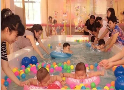 爱玩爱游婴儿游泳馆
