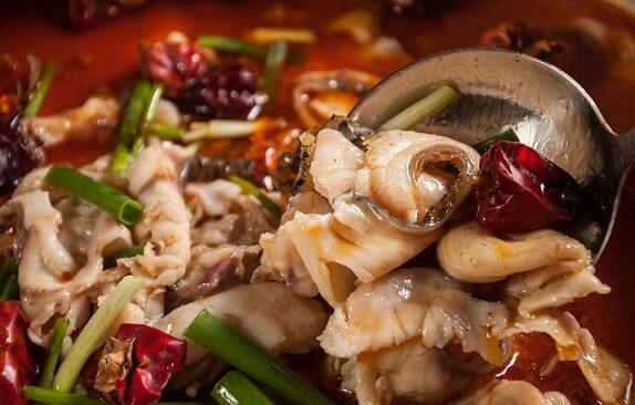 巴乡石锅鱼千年养生汤